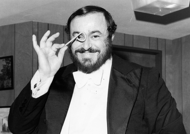 pavarotti-smile.jpg
