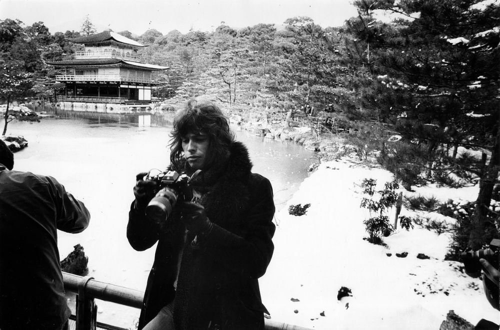 rock-stars-as-tourists-in-japan-1970s-80s-24.jpg