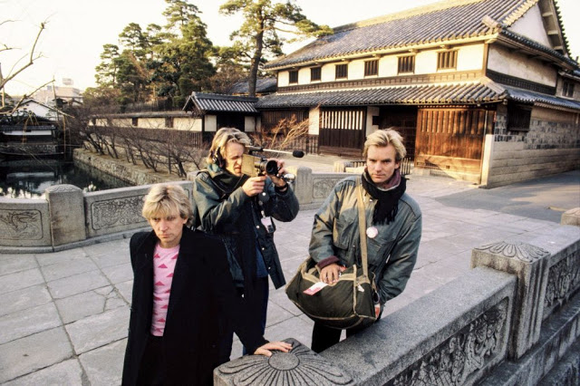 rock-stars-as-tourists-in-japan-1970s-80s-5.jpeg