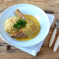 Csirke mandulás bormártásban – Gallina en pepitoria