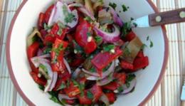 Sültpaprika saláta és egyéb grill élvezetek.