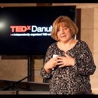 A falakon túl - L. Ritók Nóra - TEDxDanubia Szalon 2016