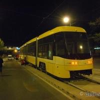 Itt van Szeged új villamosa