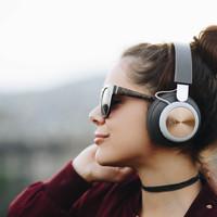 Elég menő ehhez a füled? - Beoplay H4 és Beolit 17 teszt