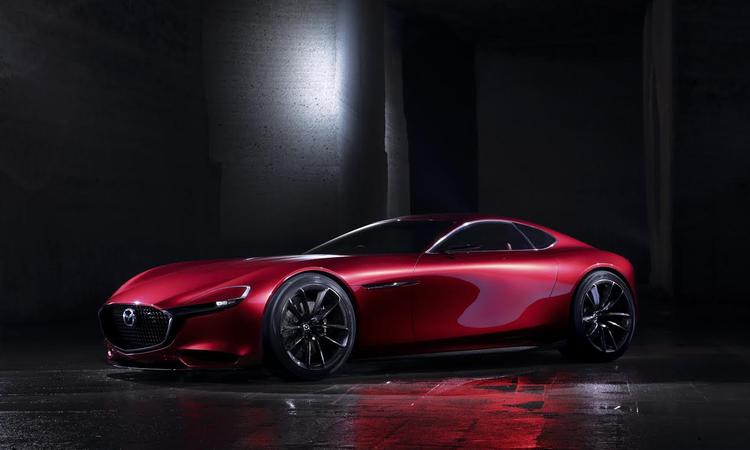 James Bond autót cserél? - Bemutatták az RX-Visiont