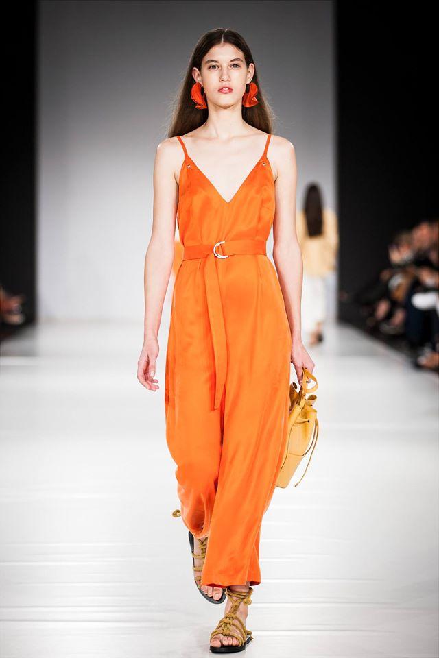 Narancs jumpsuit : ÁERON