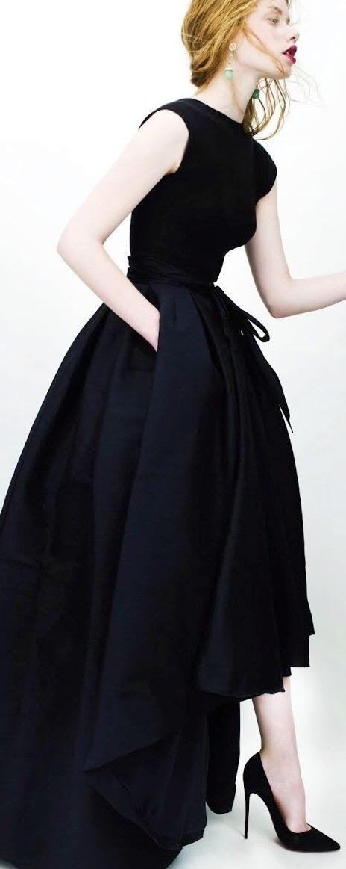 Fekete ruha: Pinterest