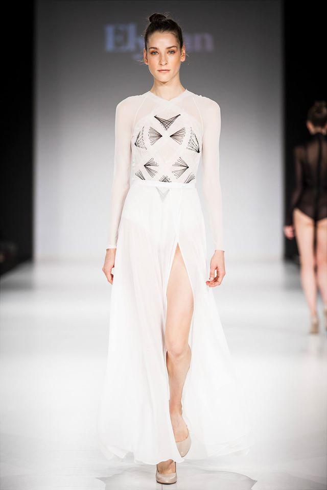 Fehér body és szoknya : Elysian