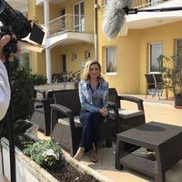 Kirúgták Szorcsik Viktóriát az Év hotele című műsorból