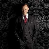 Mark Gattis szerint a Sherlock negyedik évada NEM egy epizódos lesz