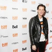 Jim Carrey hamarosan ismét tévésorozatban hülyéskedik