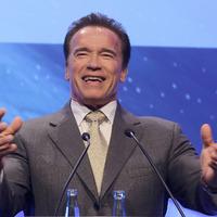 Schwarzenegger vadnyugati sorozatban kapott főszerepet