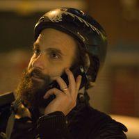 A biciklis drogfutárról szóló sorozat kicsapja a biztosítékot