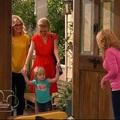 Gyerekműsorban mutattak leszbikusokat, kiborultak a bigott anyák