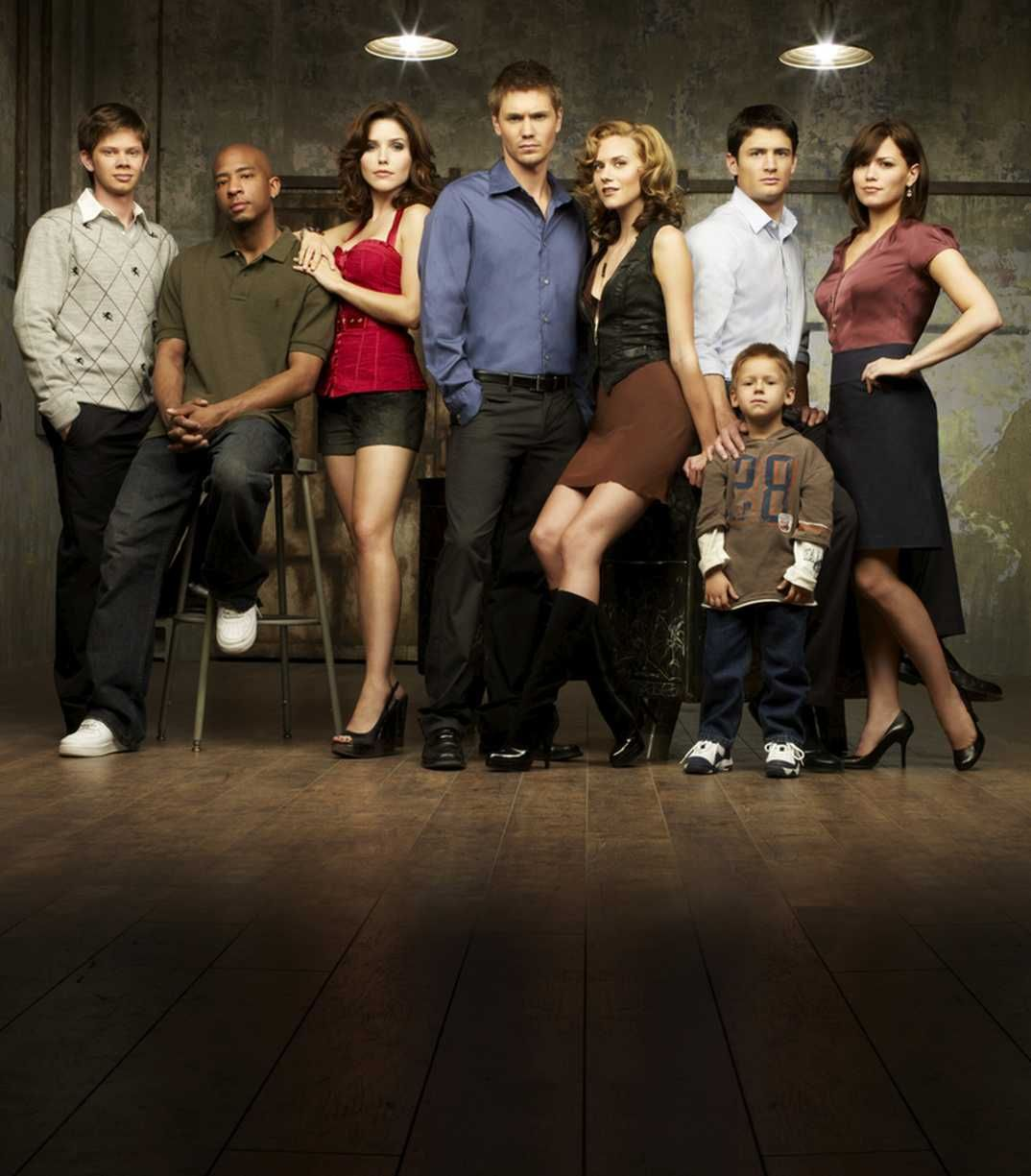 one_tree_hill_s5_cast_04.jpg