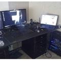 Asztalba épített vízhűtés és PC...