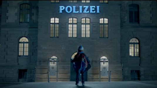 Éjszaka a rendőrségen