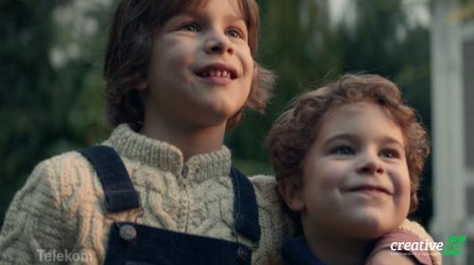 Elgondolkodtató karácsonyi reklámfilm a Telekomtól