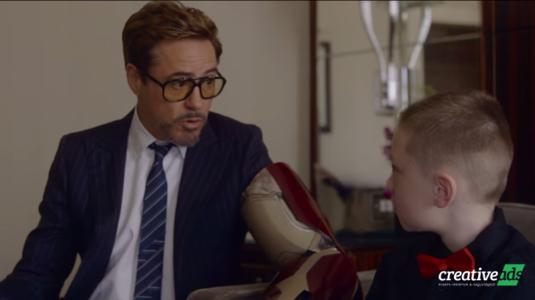 Bionikus kart kapott a Vasembertől egy 7 éves kisfiú