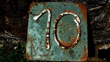 Kritikus tíz év