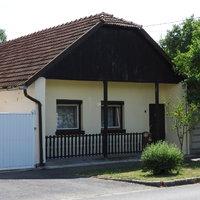 Népi lakóházak, podsztyenás házak XVI. – Bessenyei utca