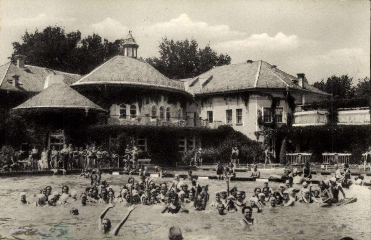 1961_2.jpg