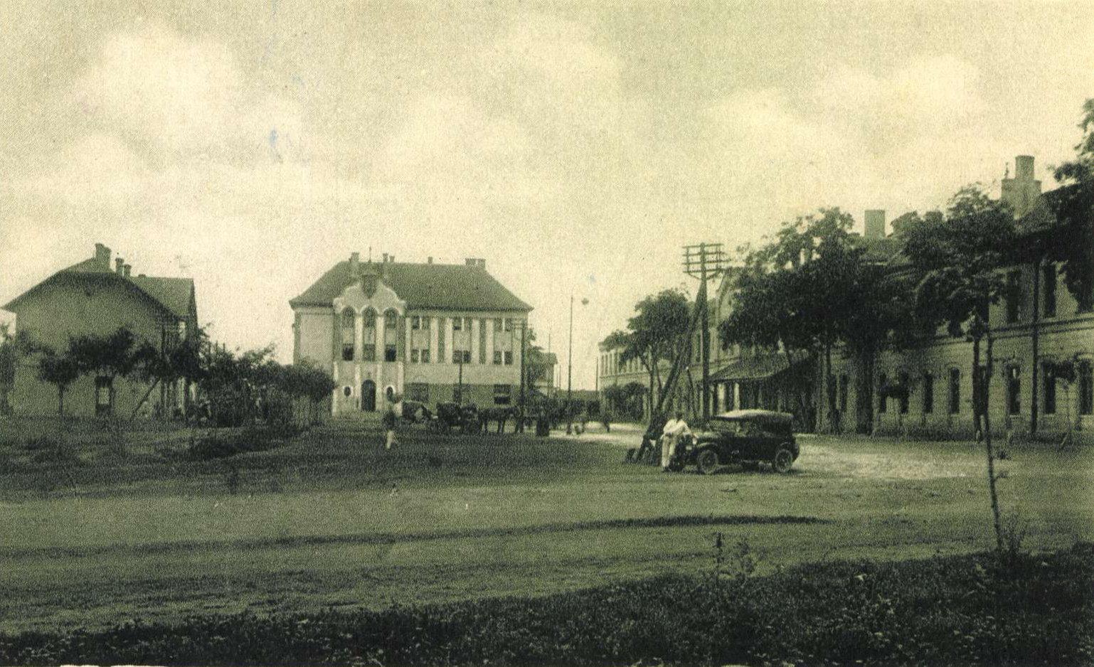 1926_arcanum_oszk_varos_felol.jpg