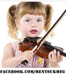 Zeneiskola sárga kislány-kisebb.JPG
