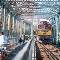 Egyre ramatyabb állapotban  van a Gubacsi híd, de nő a teherforgalom