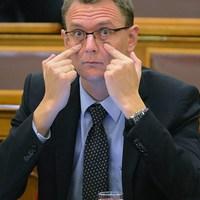 Képmutató, álszent válasz a  egy kereszténydemokrata államtitkártól a Csepeli Munkásotthon fojtogatásáról