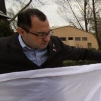 Idegen tollakkal ékeskedik Ábel Attila, a füllentős csepeli alpolgármester