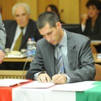 Közéleti búcsú egy tisztességes, tehetséges, felkészült  csepeli önkormányzati képviselőtől