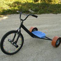 Drift Trike - Amikor nincs ki a négy kerék...