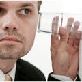 Titkok az autógyártók megbeszéléseiből - Légy légy a meetingszobában!