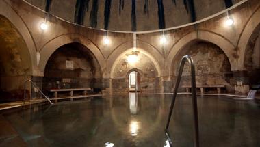 Erre a balasetveszélyes helyzetre figyelj, ha a Király fürdőbe mész
