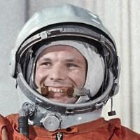 Az Apollo-programra emlékezünk