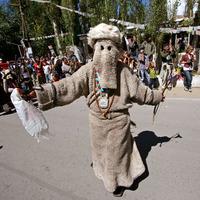 Tibeti busójárás nyáron?