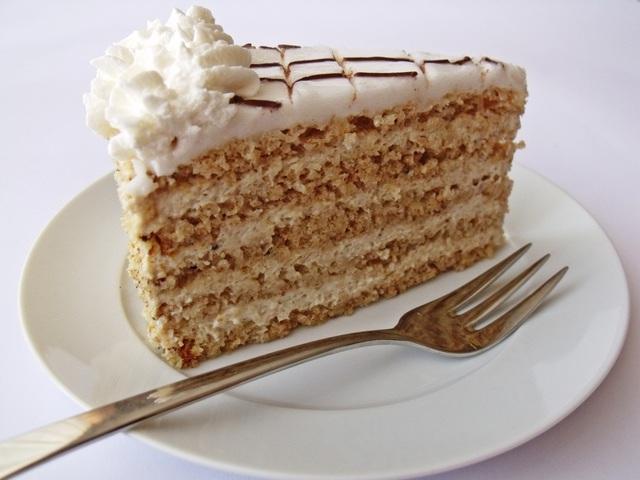 Az Esterházy-torta zselízi vonatkozása