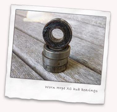 hope-xc-worn-bearings.jpg