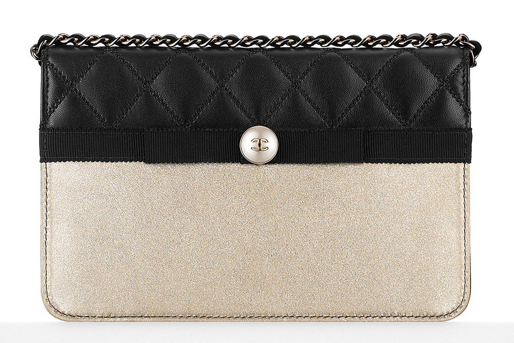 Chanel Wallet on Chain Bag - $1,900