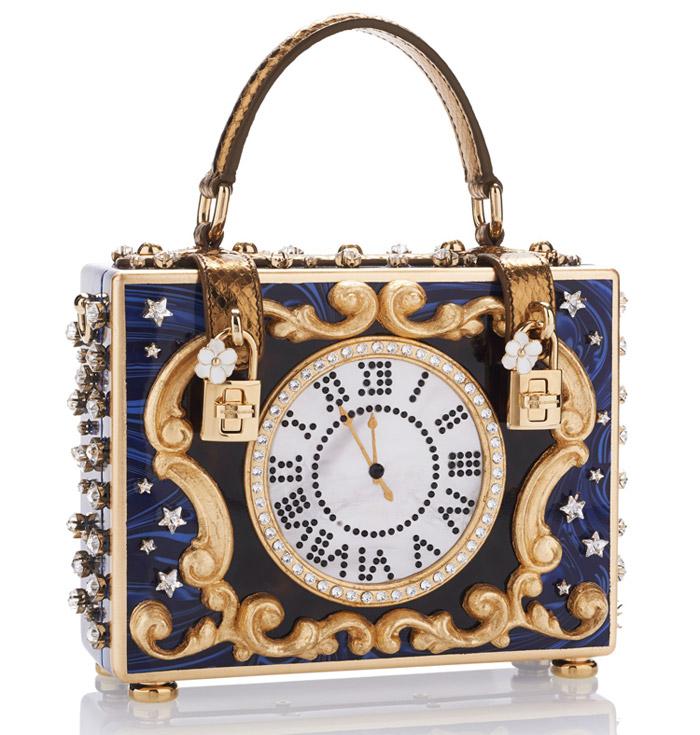 1 / 9 - A legdrágább díszített táska<br />Dolce & Gabbana - Enchanted Clock Box Bag<br />3.562.000 Ft