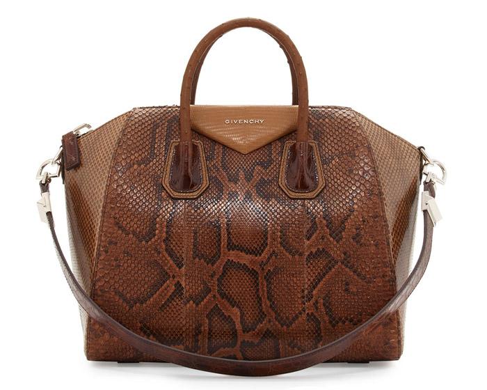 5 / 9 - A legdrágább kígyóbőr táska<br />Givenchy - Python Antigona Bag<br />2.507.000 Ft