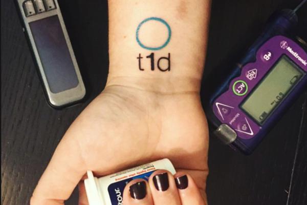 michael_bierut_twitter_diabetes_tattoo.png