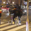 Égősorral díszített bringákkal kívánunk kellemes ünnepeket