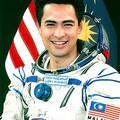 Fegyverüzletért űrhajóst Malajziának