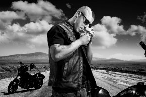 sons-of-anarchy-juice-ortiz-theo-rossi.jpg