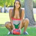 Lovely Soccer Girl   (14 kép)