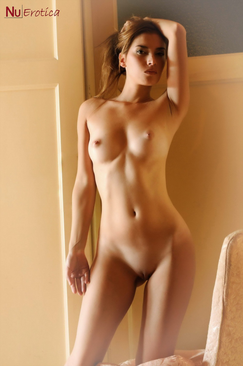 perfect body women naked