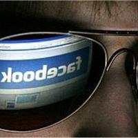 Visszaélhettek a brit pártok a Facebookkal és a Twitterrel