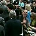 Politikai színház: könyökbotrány a kanadai parlamentben